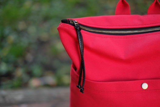 Красный рюкзак из канваса 0917