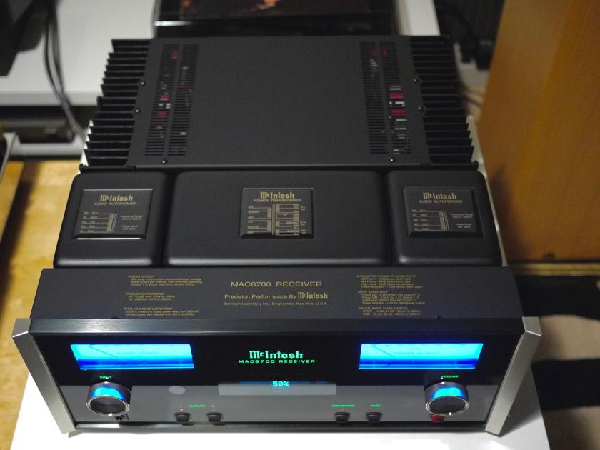 McIntosh MAC-6700 INTEGRATED AMPLIFIER