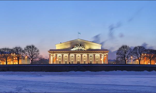 Новогодний вечерний Петербург