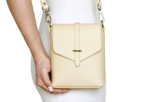 Бежевая кожаная сумка Ida