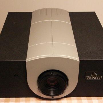 Q750i