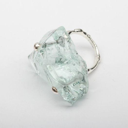 Кольцо из стекла Вода
