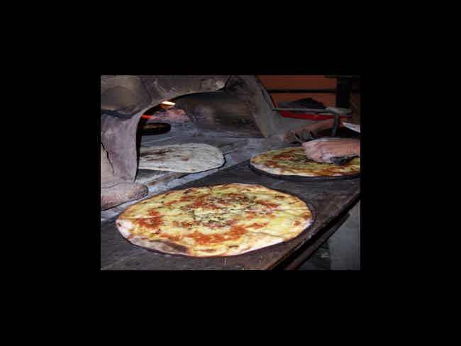 Marea Pizzeria-Montañita
