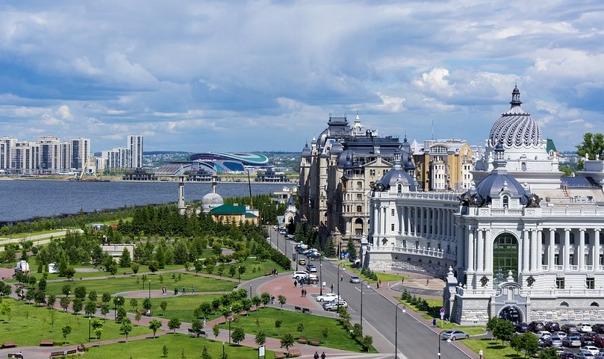 Респектабельный центр Казани: Площадь Свободы и Красная слобода