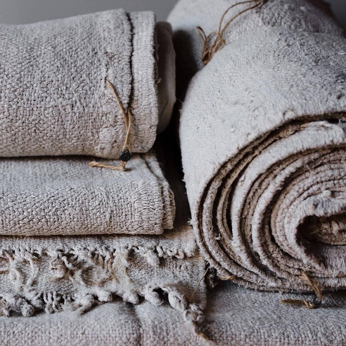 The truth about hemp textiles, hemp fabric. hemp rolled fabric