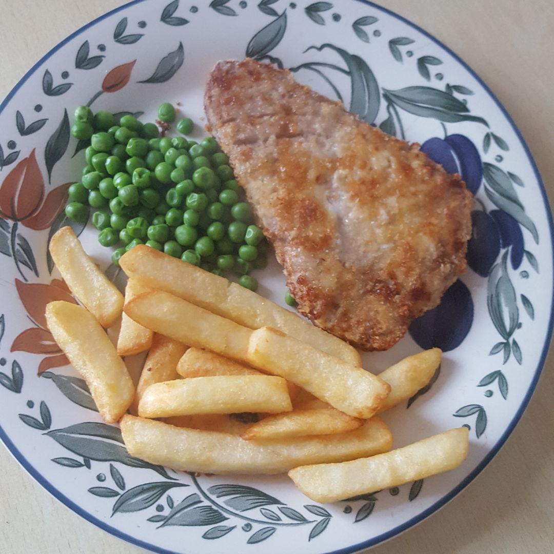 Tuna fish and chips