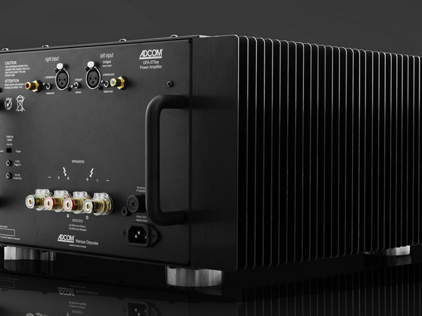 350 Watts per channel amplifier deal at High-End Palace