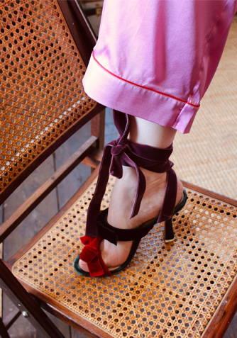 Aimee in the Sorbet Classic Silk Pyjama Set wearing heels