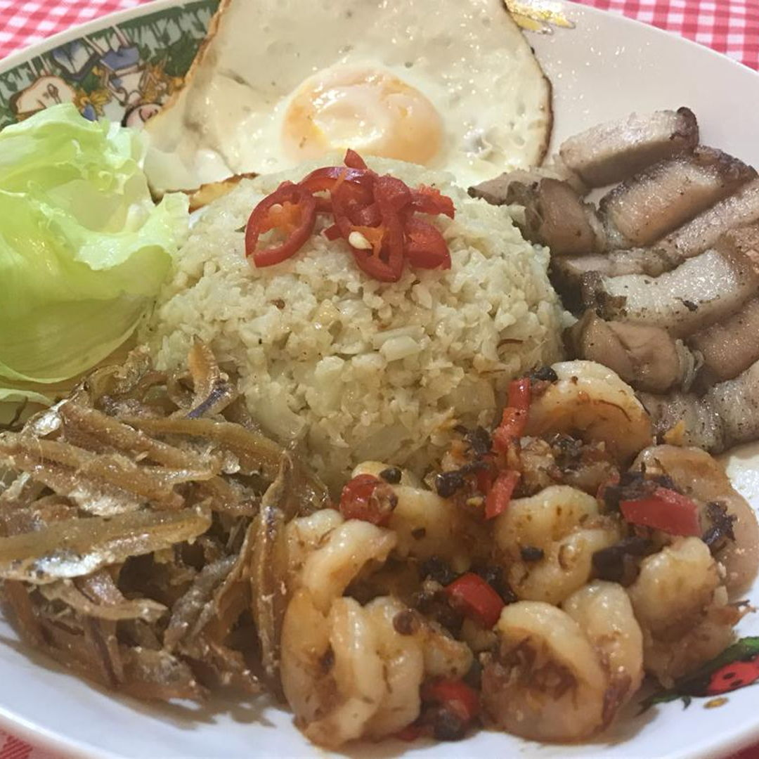"LCHF ""Nasi"" Lemak with XO chilli prawns, fried anchovies, fried egg, roast pork"