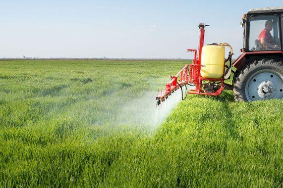 Pesticides 0 1400 931
