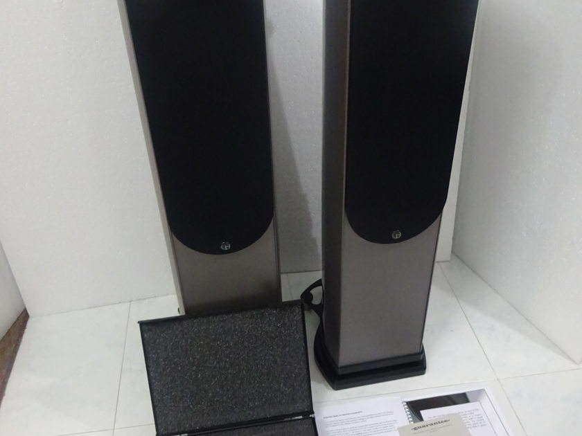 Wilson Benesch A.C.T C60 Limited Edition - Free Sea Freight Shipping