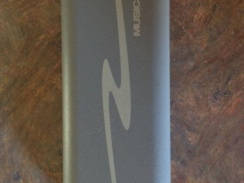 High Resolution Technologies MusicStreamer II+ Asynchronous USB powered DAC