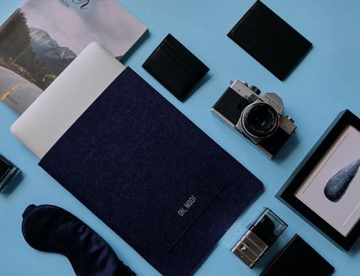 Чехол из фетра для MacBook и ноутбуков, синий, вертикальный