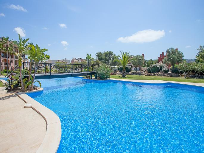 Penthouse in exclusive community in Nova Santa Ponsa