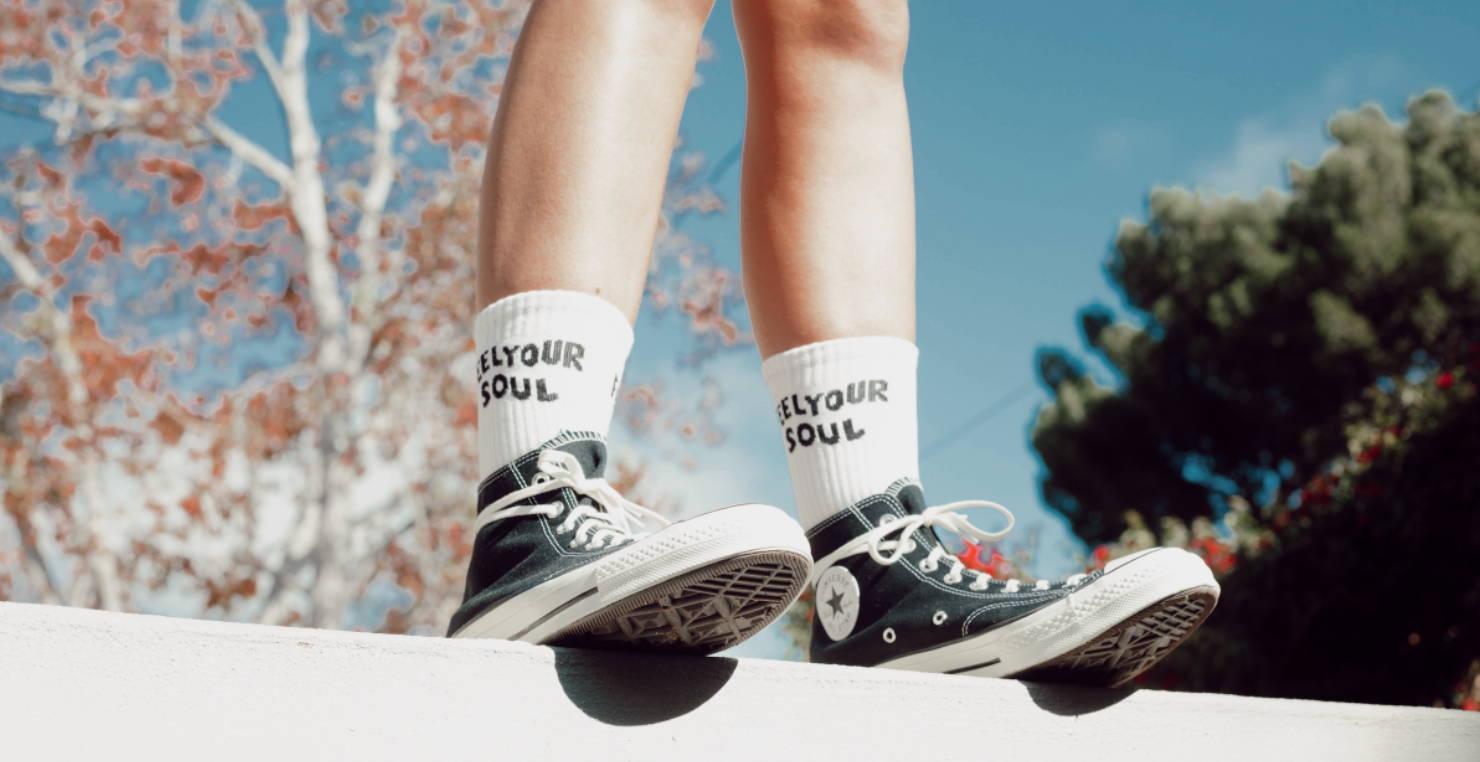 feel your soul retro socks