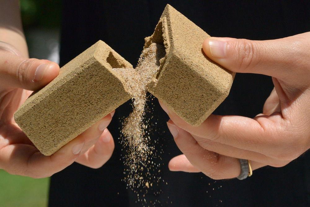sand packaging 02.jpg
