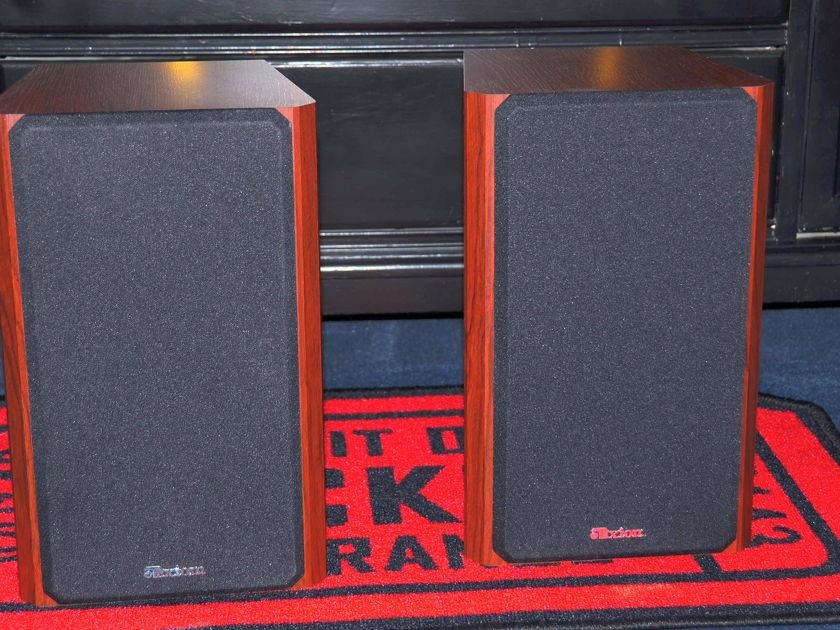 AXIOM AUDIO M3 v3 BOOKSHELF SPEAKERS