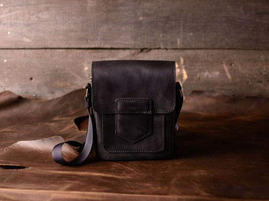 Мужская сумка на плечо -GATSBY- маленькая из натуральной кожи цвет Черный Уголь