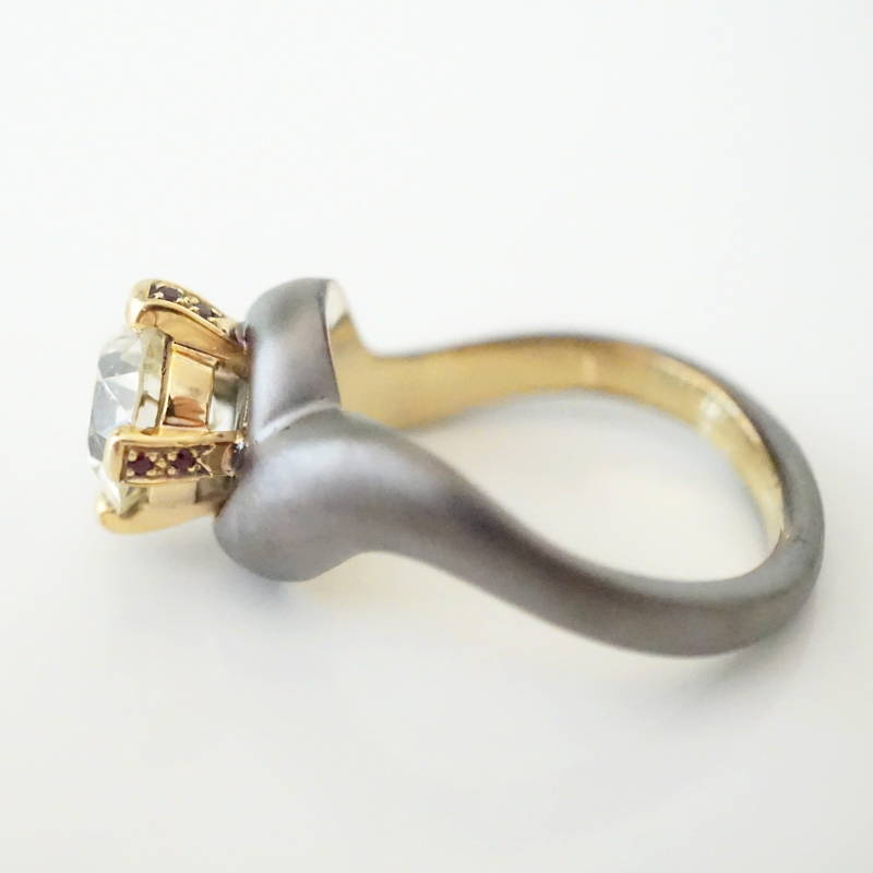 solitaire gold ring with rubies