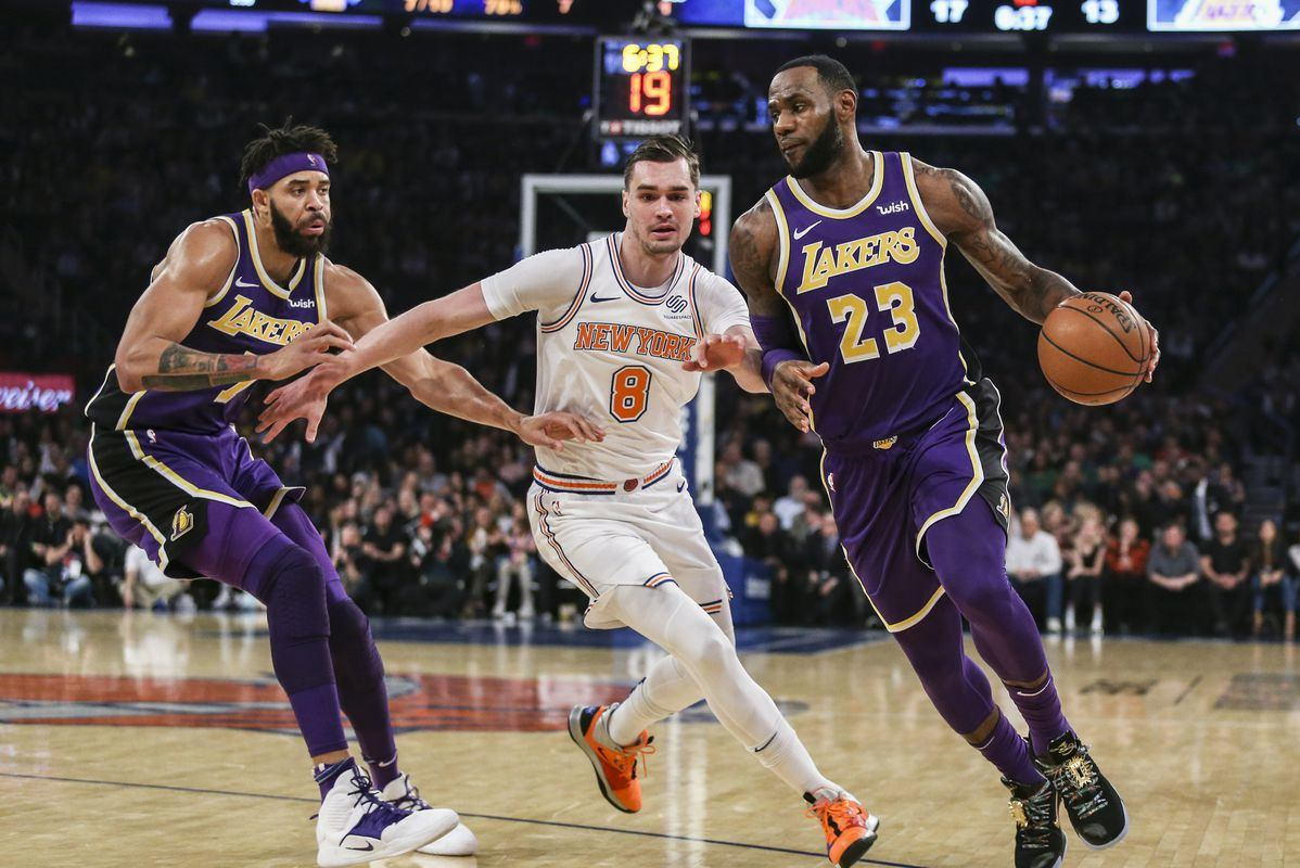 NBA Picks & Predictions: New York Knicks @ Los Angeles Lakers