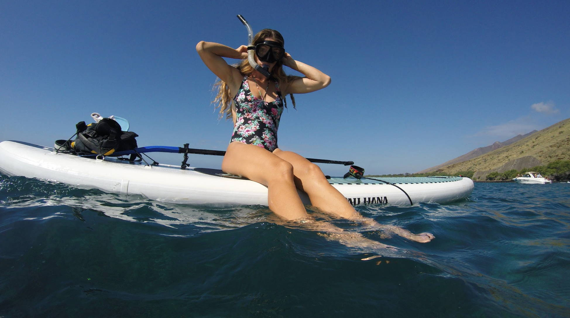 Snorkeling in Hawaii on a SUP