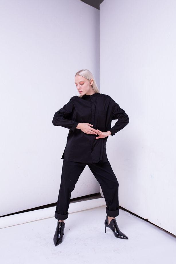 Идеальна черная рубашка / блузка