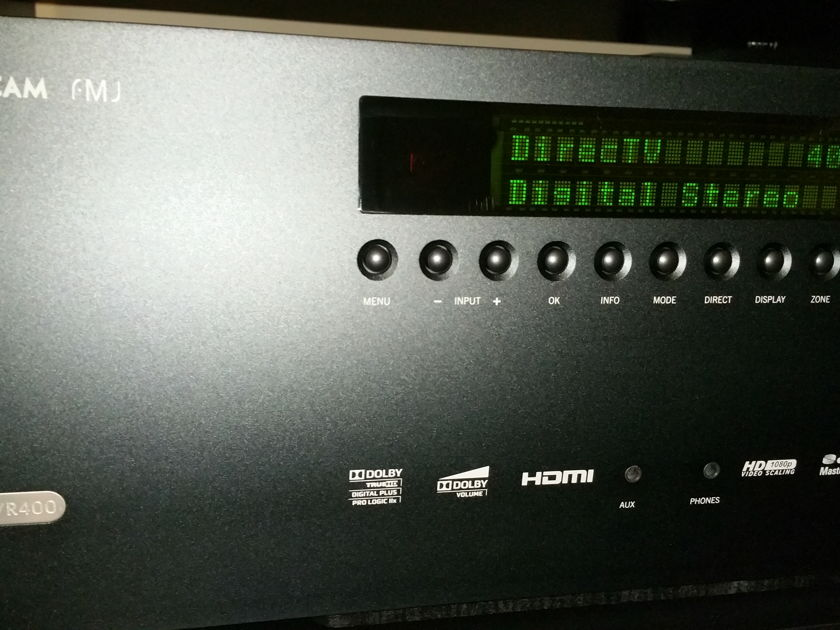 Arcam FMJ-AVR400