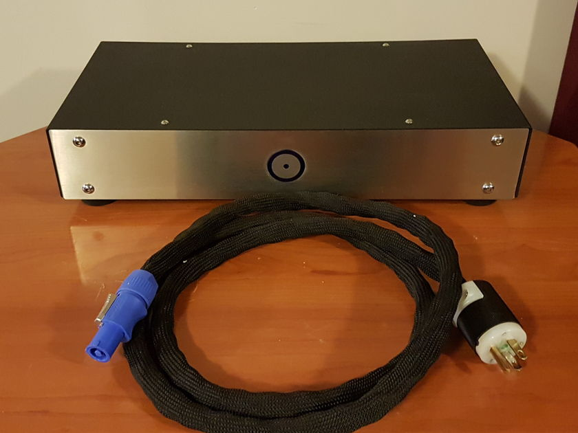 Blue Circle Audio BC6000 Power Line Filter/Conditioner. Reduced Price.