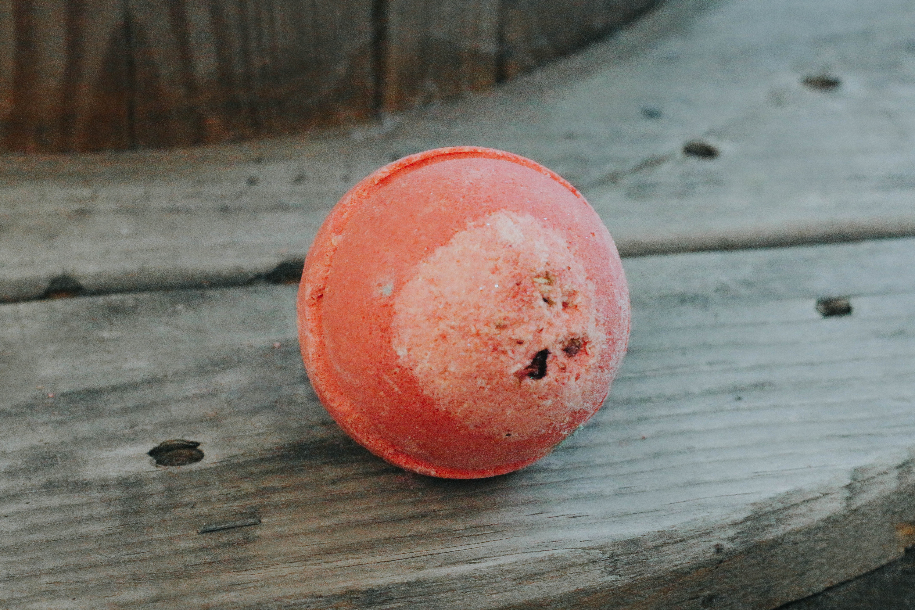 omens-bath-bomb-spa-lush-products-bath bombs-fizzies