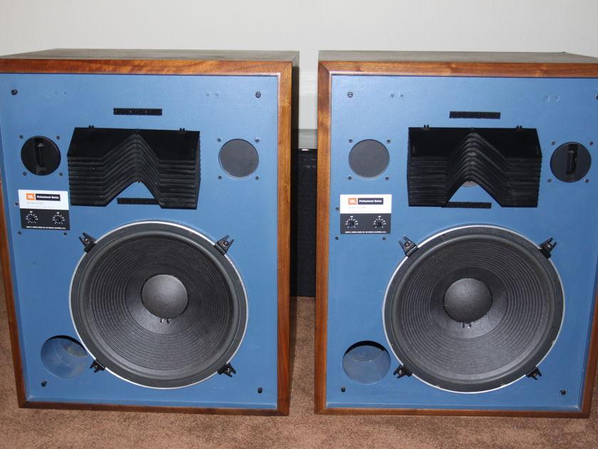 Dating a JBL Speaker