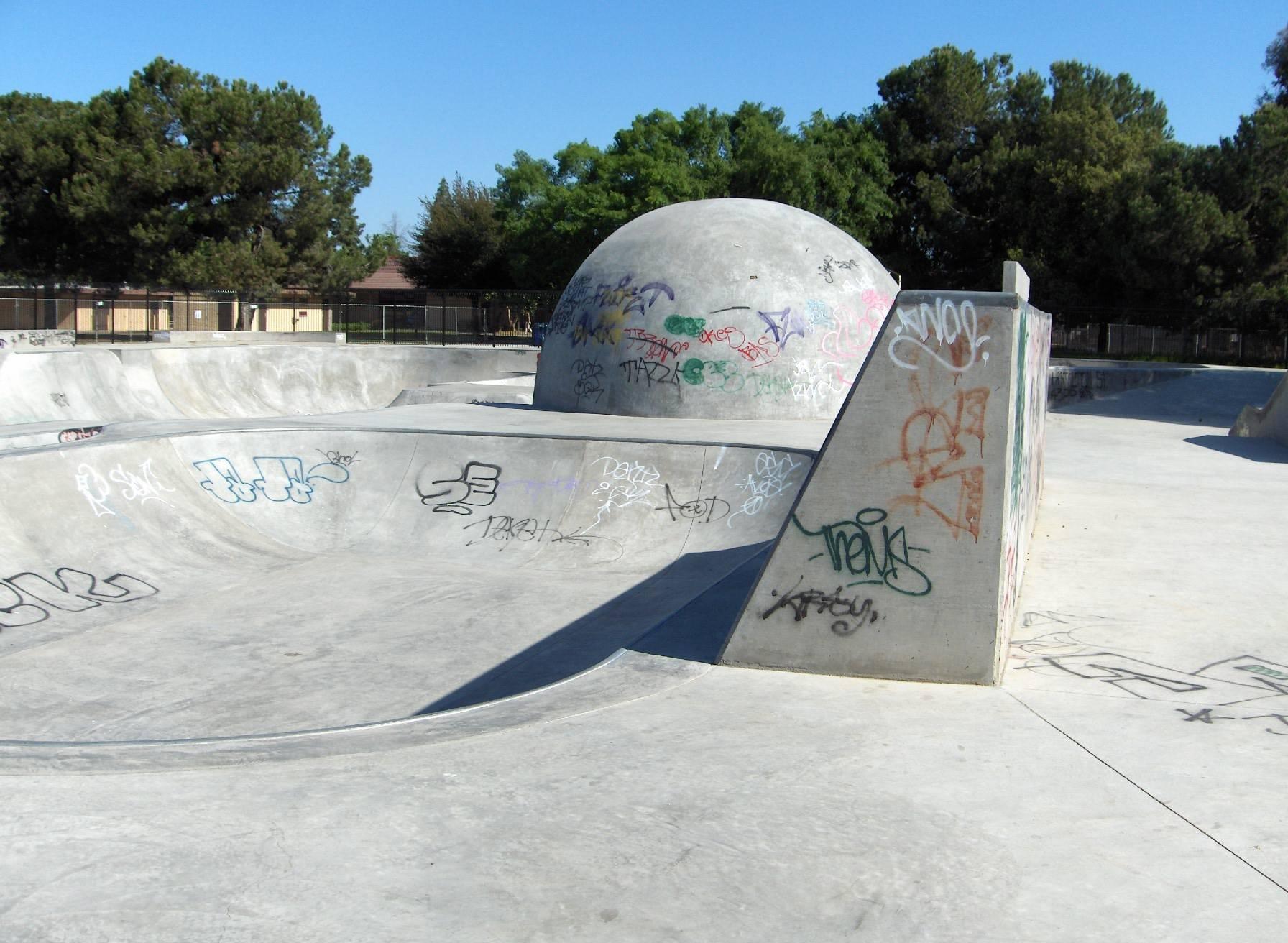 removing graffiti from skate park