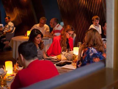 Cordless-Table-Lamps-Four-Seasons-Hotel-Baku-Azerbaijan