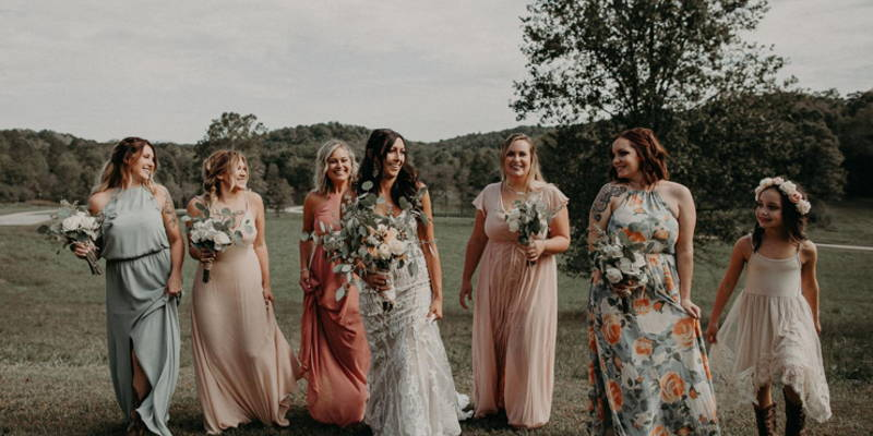 What Color Should My Bridesmaids Dresses Be?