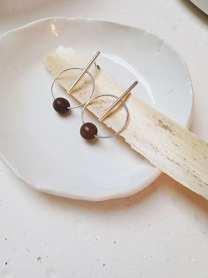 Серебряные серьги с тонированной семечкой асаи