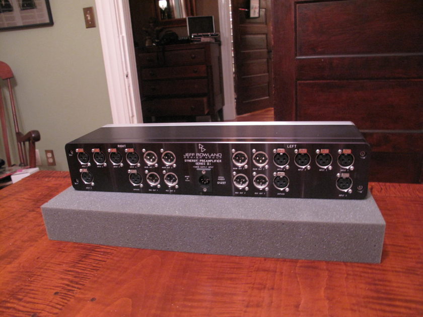 Jeff Rowland Design Group Synergy MK IIi Preamplifier and Power Supply