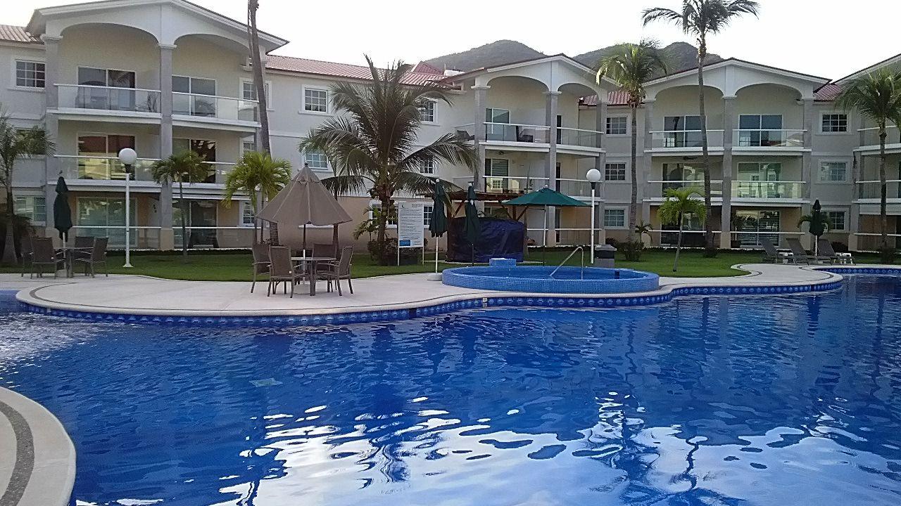 Diamante Lakes Acapulco