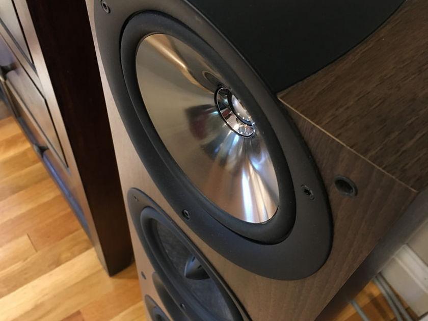 KEF iQ9 Stunning Loudspeakers