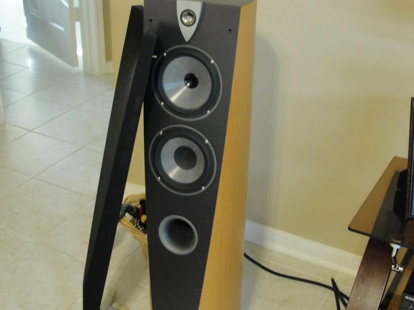 Focal  918 profile floor speakers