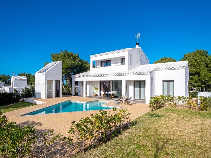 Mahón - design-villa-with-pool-and-garage-in-cala-morell-ciutadella-menorca.jpg