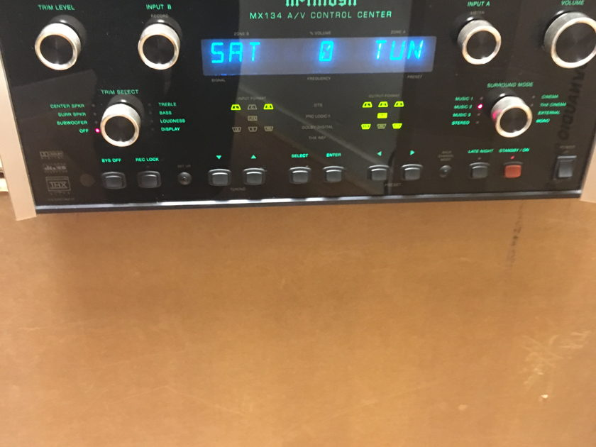 McIntosh  MX 134 Processor/Preamp/Tuner