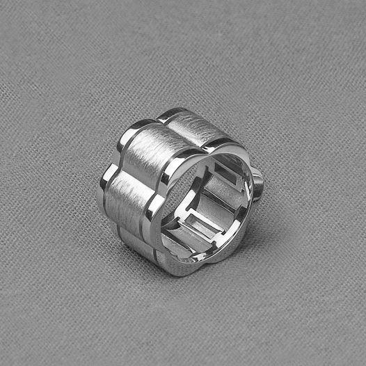 Серебряное кольцо Lata
