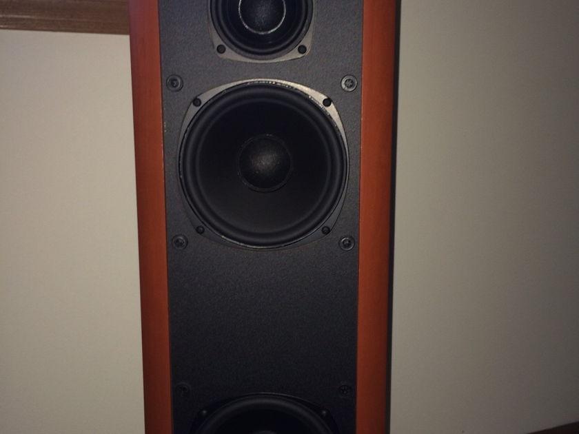 Boston Acoustics VR-M90