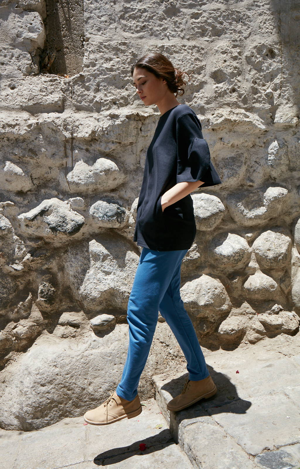 INHERENT - MODERN TAILORED KNIT TRAVELER PANTS DENIME