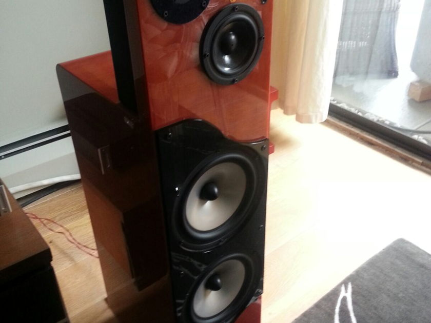 Nola Speakers Viper 2A Great dynamic Planar-like sound