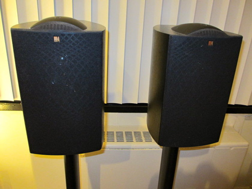 Kef Q1 Speakers