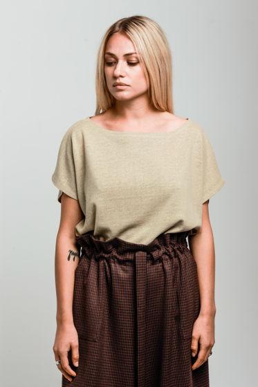 Блуза оверсайз из льняного трикотажа бежевая