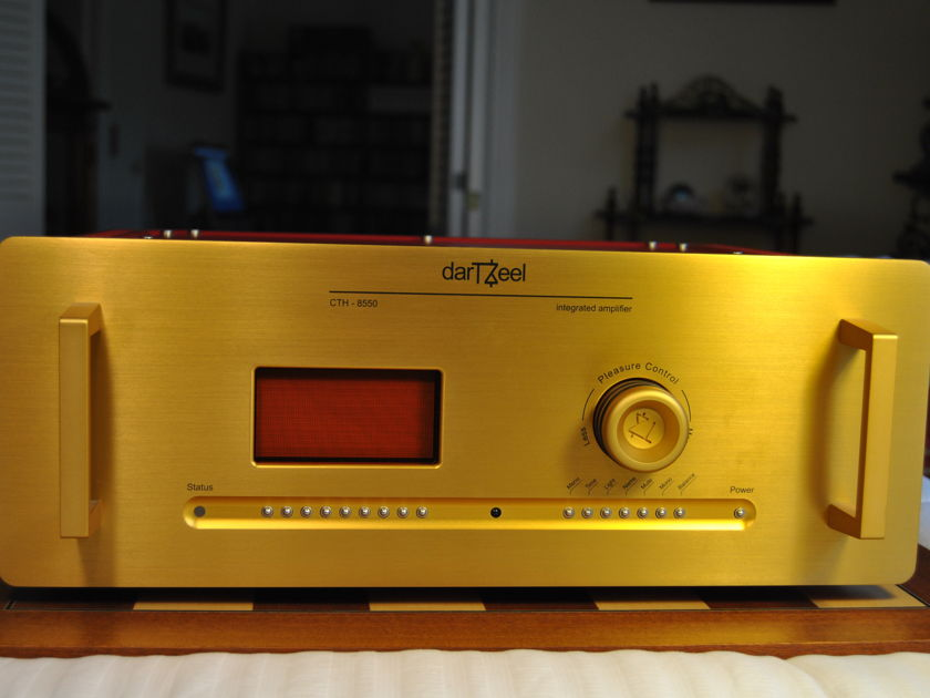 DarTZeel CTH-8550 Integrated with MM & MC Phono