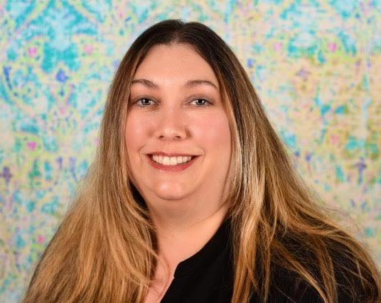 Anita Cueto , Director