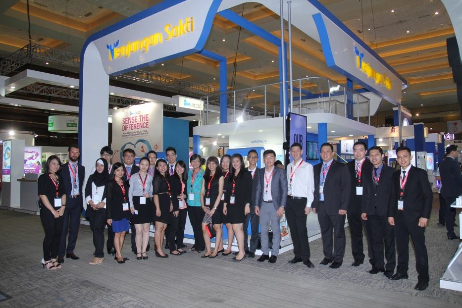 Modern Double Deck Booth Mensa Group on ICI 2016