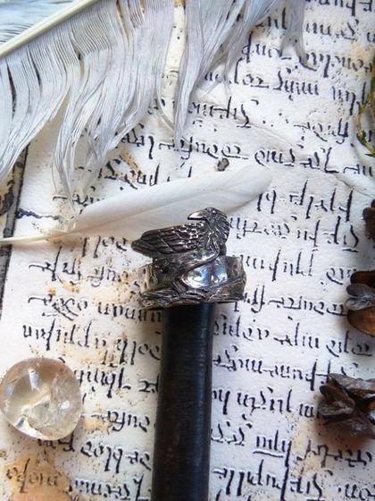 Серебряное кольцо с вороном